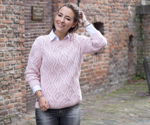 OUTFIT- Pink, white & grey