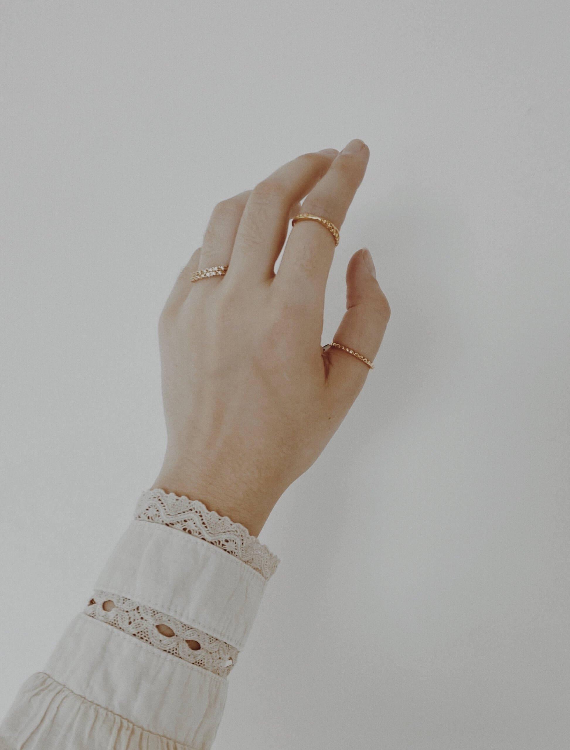 webshops voor minimalistische sieraden