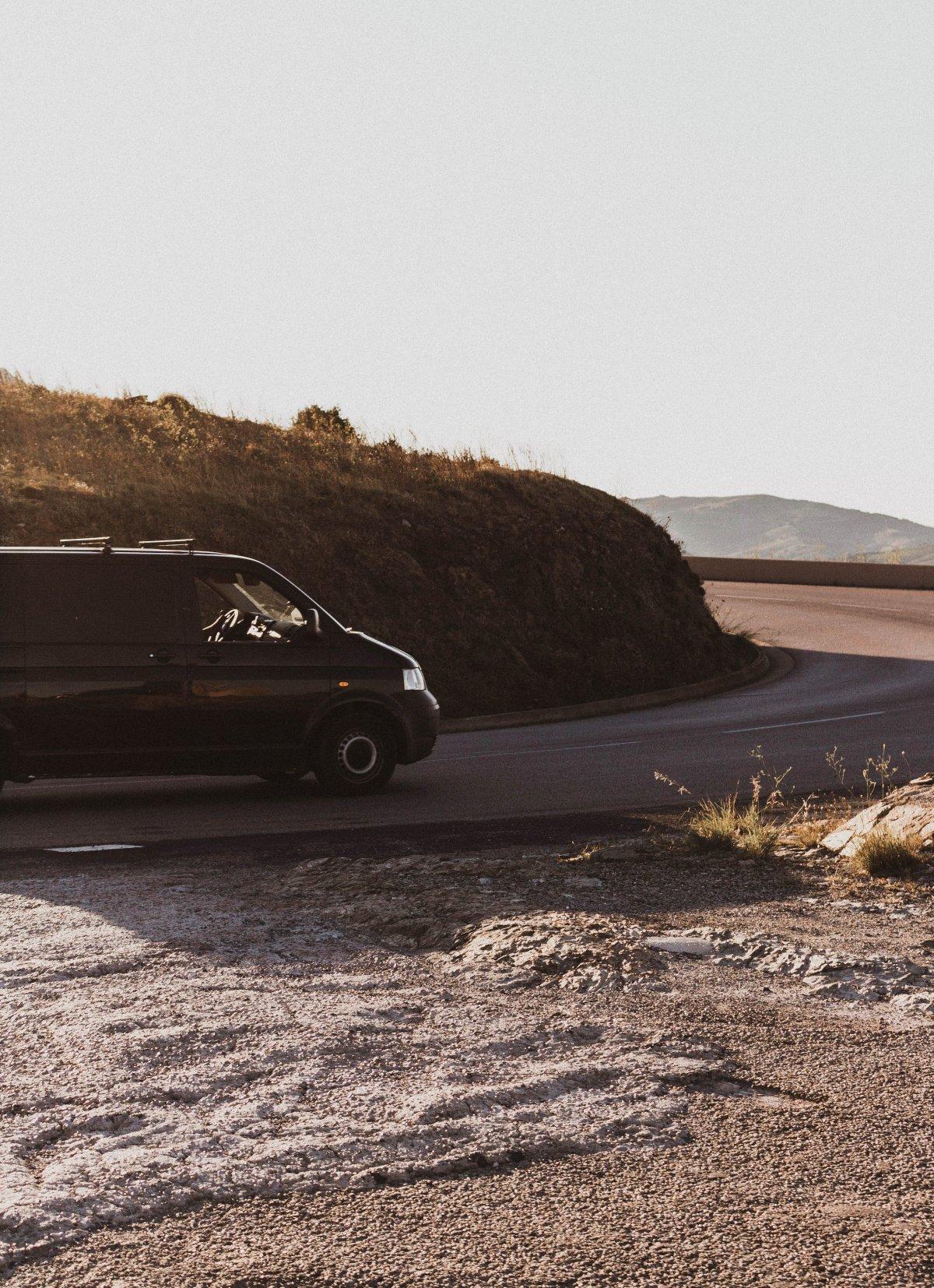 5 redenen waarom een auto huren op Ibiza een must is